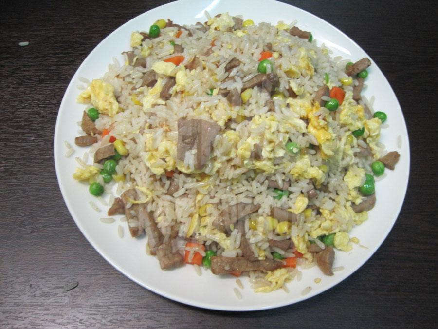 Τηγανητό ρύζι με μοσχάρι
