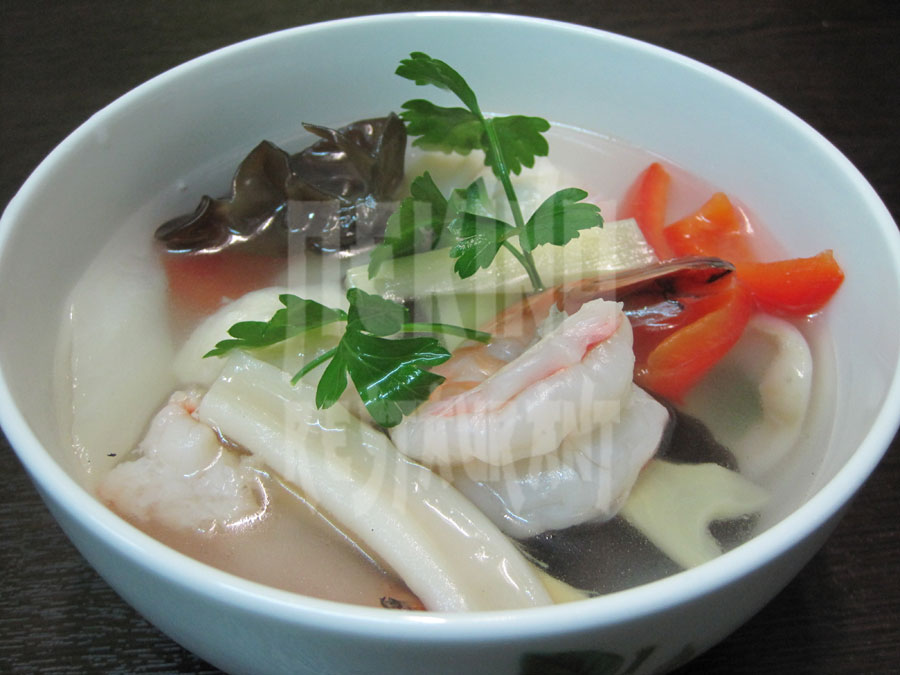 Σούπα με θαλασσινά